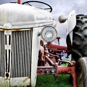 Ford Tractor by Laura Schramm-Behnke