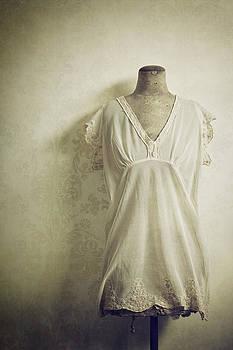 Forgotten Beauty by Amy Weiss