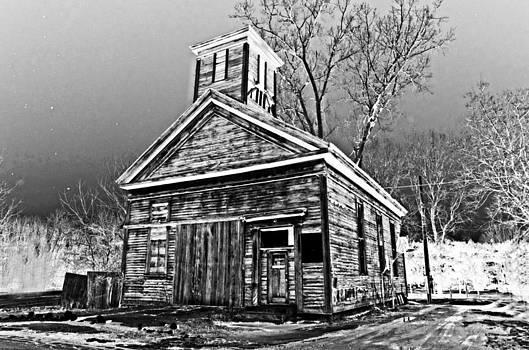 Forgotton school house by Cheryl Cencich