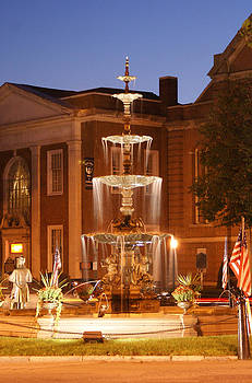 Fountain on Chambersburg Square by L Granville Laird