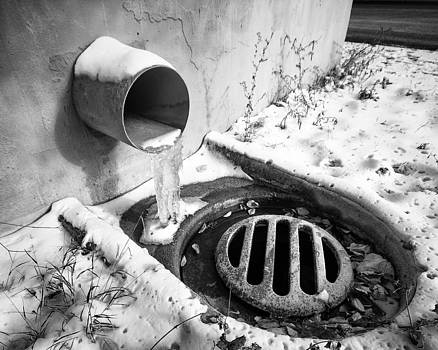 Frozen Flow by Tom Gort
