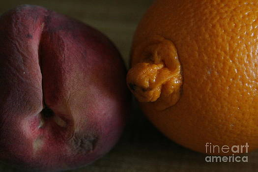 Fruits by PaulaG