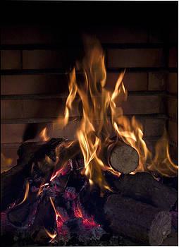 Fuego by Luis oscar Sanchez