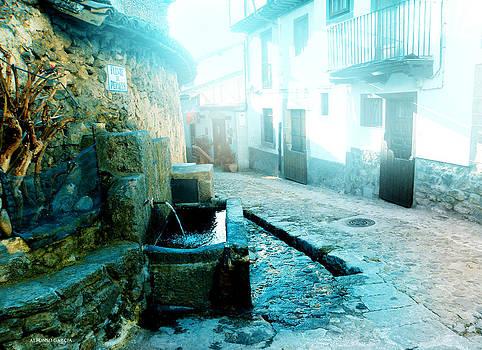 Fuente de Candelario by Alfonso Garcia