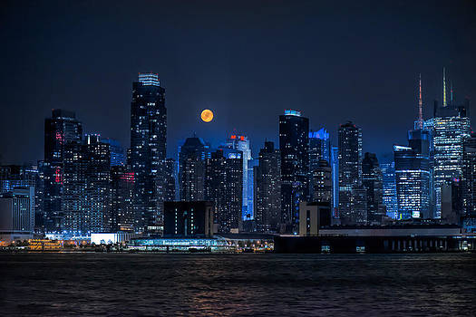 Full Moon Over New York City by Linda Karlin