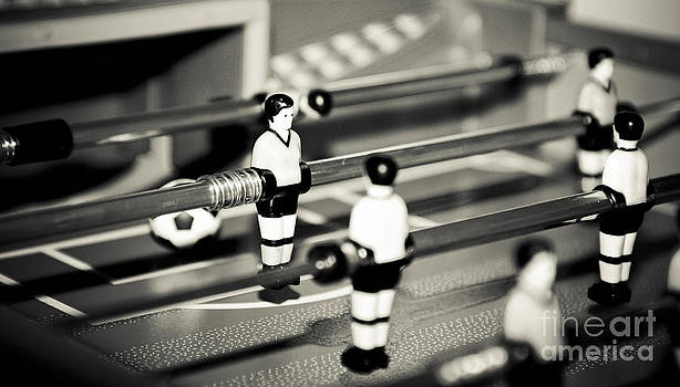 Fuzeball by Alan Oliver