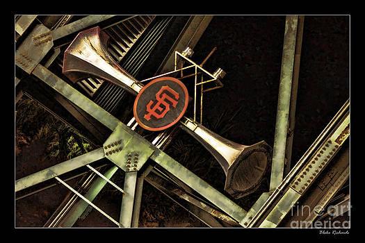 Blake Richards - Gaints Horns