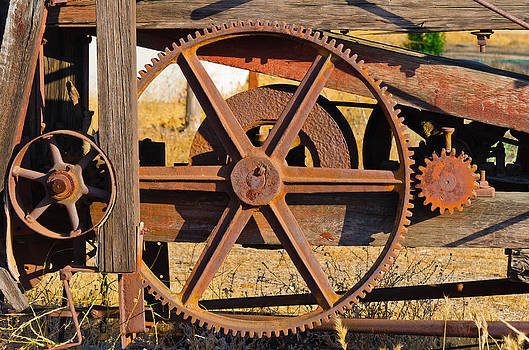 Gears At Rest by Philip Chiu