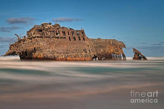 Ghost Ship by Bahadir Yeniceri
