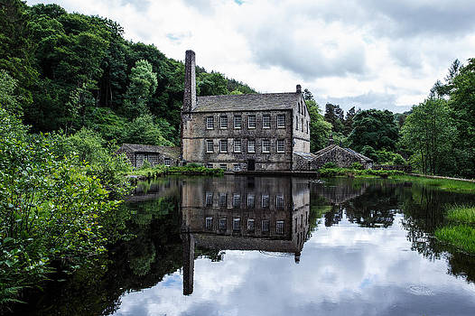 Gibson Mill Hardcastle Crags by Sandra Pledger