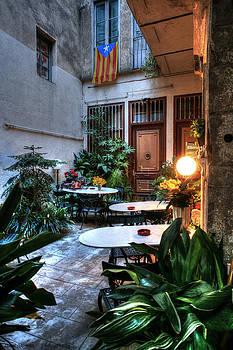 Isaac Silman - Girona old city coffee shop