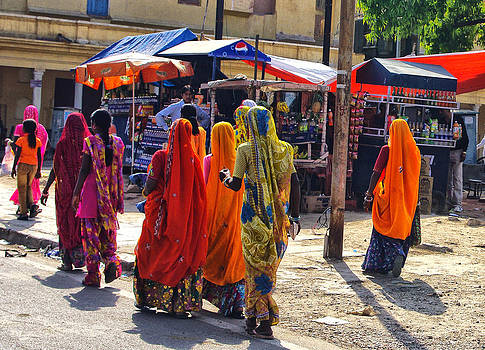 Going Shopping in India by Jacqi Elmslie