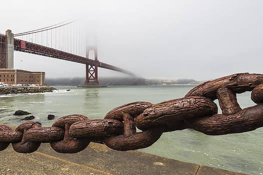 Adam Romanowicz - Golden Gate Bridge Chain