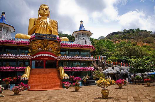 Jenny Rainbow - Golden Temple in Dambulla. Sri Lanka