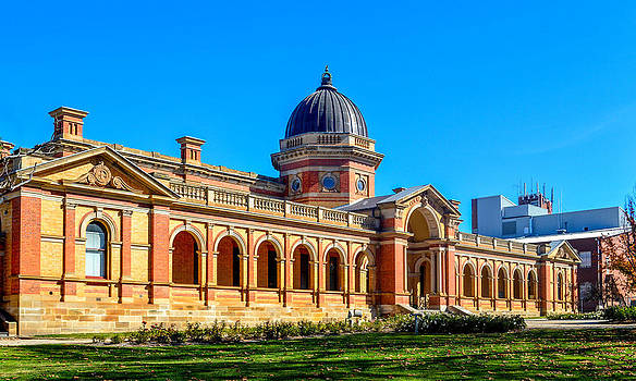 Goulburn courthouse by Phil May
