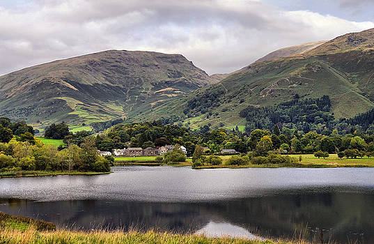 Grasmere Lake by Jacqi Elmslie