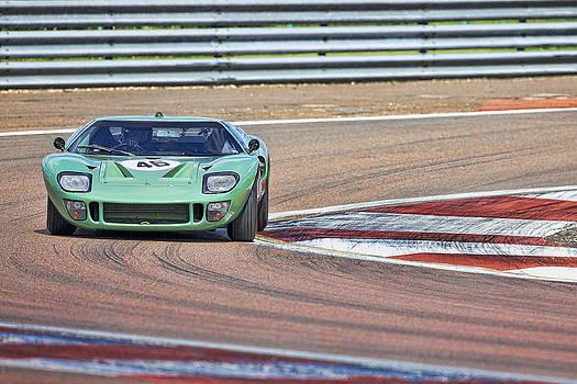 GT40 at the Apex by Peter Falkner