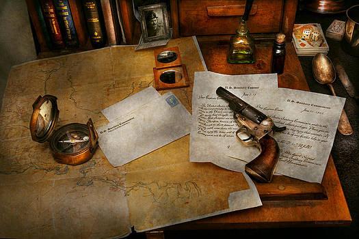 Mike Savad - Gun - The adventure of military life