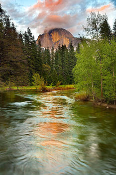 Half Dome Sunset by David  Forster