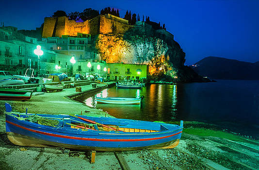 Harbour of Lipari at night - Sicily by Martin Liebermann