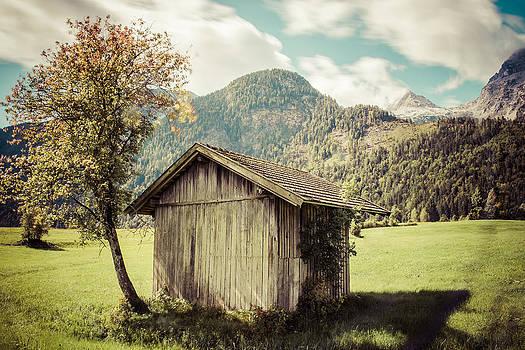 Haystack by Enrico Ackermann