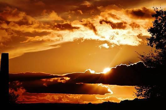 Heavens glow by Catherine Davies