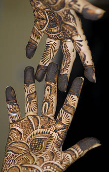 Henna Tattoo on Hands by Bhupendra Singh