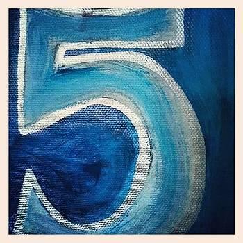 Hi Five !! by Ambreen Jamil