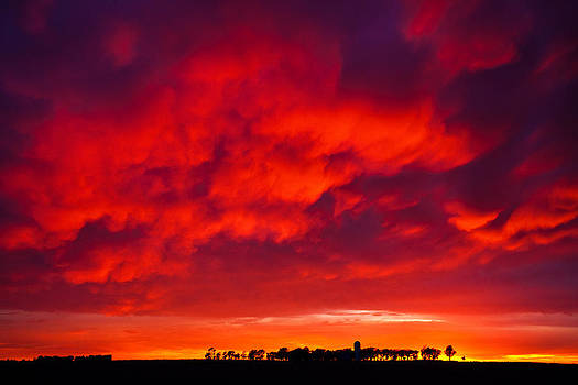 High Plains Sunset by Chris  Allington