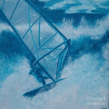High surf by Lisbet Damgaard