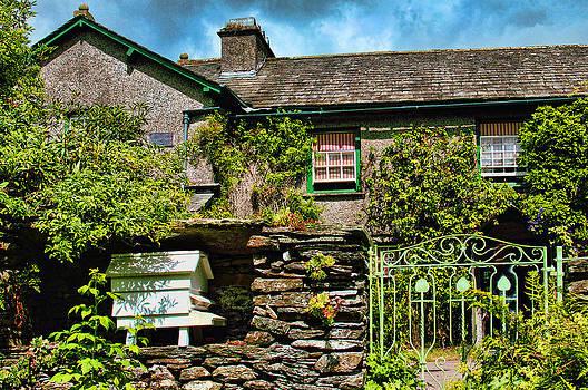 Hill Top Farm Cumbria by Graham Hawcroft pixsellpix
