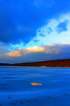 Hole and sky by David  Jones