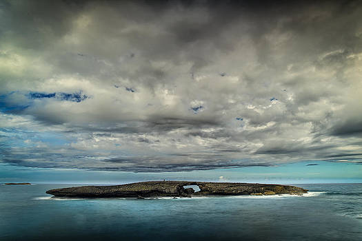 Hole in the Rock by Chris Multop