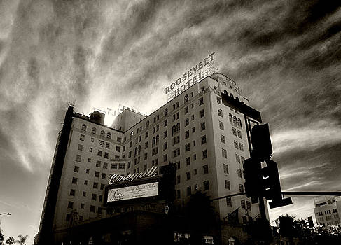 Cindy Nunn - Hollywood Roosevelt Hotel 3
