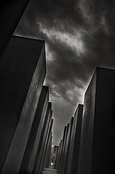 Holocaust Memorial by Stavros Argyropoulos