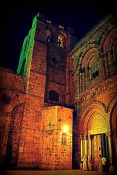 Holy-Sepulchre by Amr Miqdadi