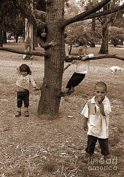 Homeless Kids by Gonzalo Teran