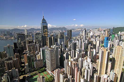Hong Kong Causeway Bay by Lars Ruecker
