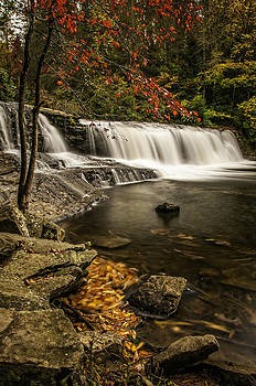 Hooker Falls by Donnie Bagwell