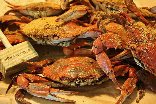 Paulette Thomas - Hot Steamed Crabs
