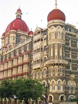 Hotel Taj by Adil