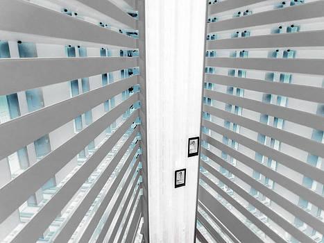 TONY GRIDER - HOTEL01