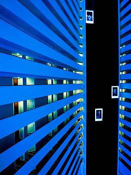 TONY GRIDER - HOTEL04