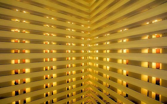TONY GRIDER - HOTEL07