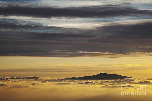 Charmian Vistaunet - Hualalai Volcano Sunset