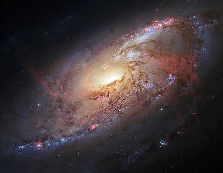 Adam Romanowicz - Hubble view of M 106