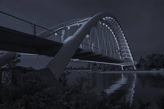 Humber Bridge by Paul Pascal