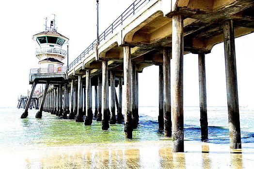 Huntington Beach Pier by Margie Amberge