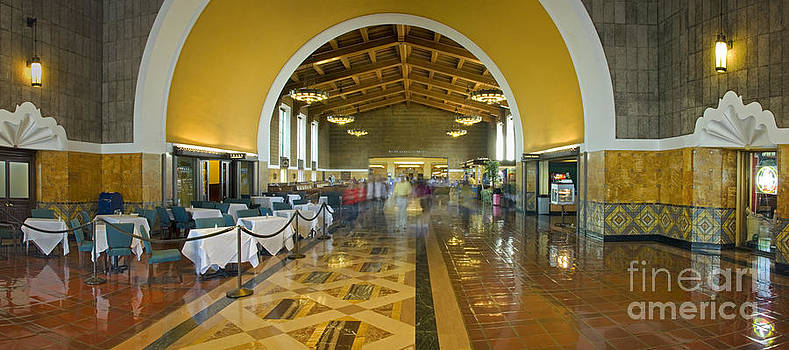 David Zanzinger - Hussel and Bussel at the Union Train Station Los Angeles CA