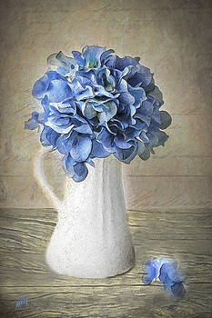 Hydrangeas In Vase by Michael Petrizzo